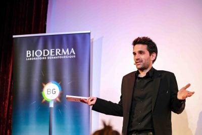 mago presentador evento bioderma en barcelona
